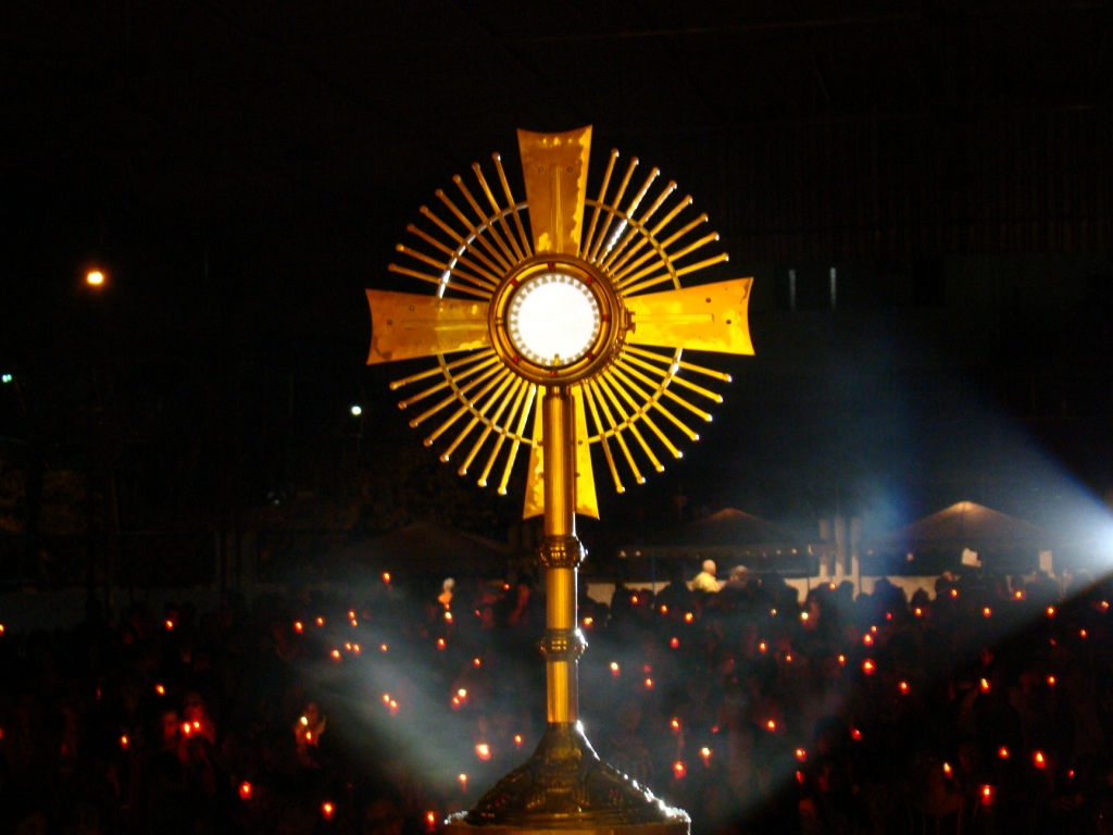 Origem da Solenidade de Corpus Christi, adoração e roteiro para oração