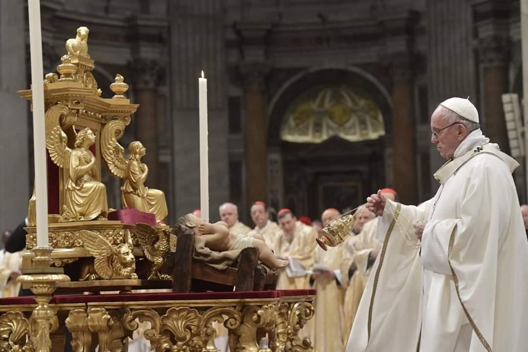 Papa Francisco condena ganância e acúmulo de bens
