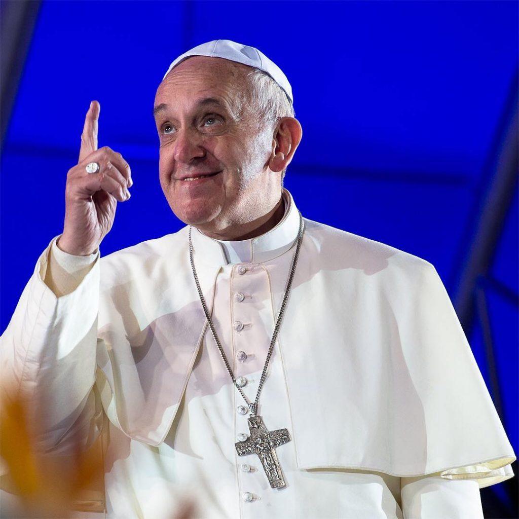 """Papa Francisco: É preciso passar do """"like"""" ao """"amém"""""""