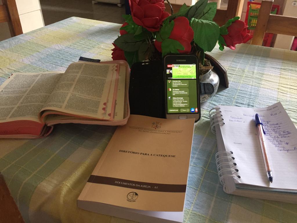 Formação de Catequistas (virtual) para continuidade do estudo do Diretório para a Catequese