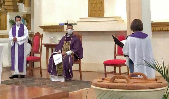 Padre Ivani Rodrigues toma posse na Paróquia São Pedro
